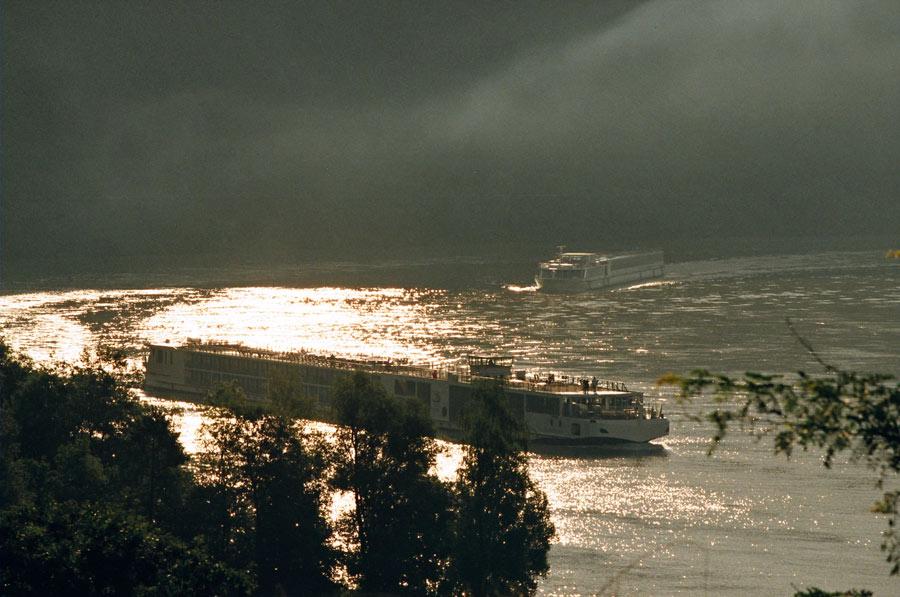 Blick vom Stiftungshaus, Donaumorgen